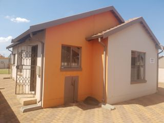 16 Properties And Homes For Sale In Protea Glen Soweto