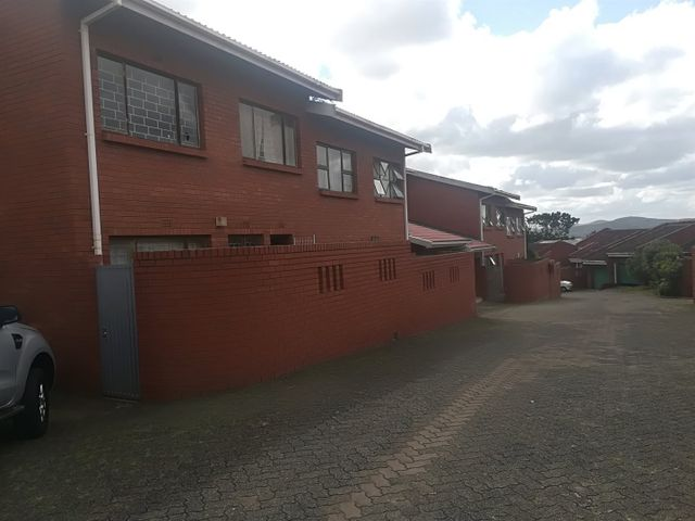 3 Bedroom Flat For Sale in Empangeni Central | Seeff