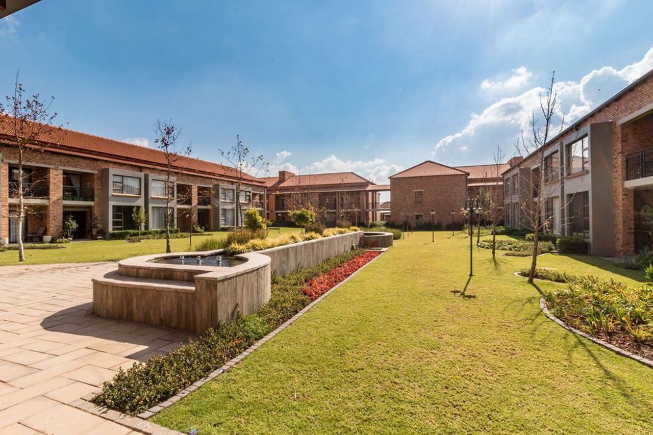 2 Bedroom Townhouse For Sale in Equestria | Seeff Property Group